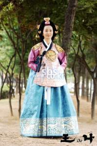 the-king-and-i-Queen-Sohye-korean-dramas-18560819-446-674