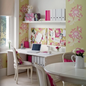 Cute home office for Girls